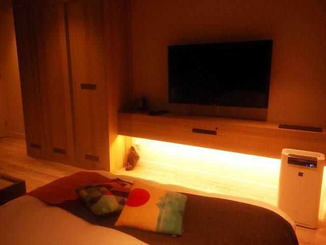 ラブホテルの室内(2)